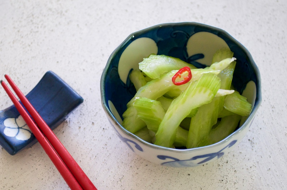Sliced celery is simply marinated in salty water with a touch of citrus and chilli. Excellent side dish. Simple Pickled Celery is a great way of using up left over celery.