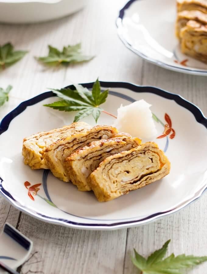 Dashimaki Tamago (Japanese Rolled Omelette)