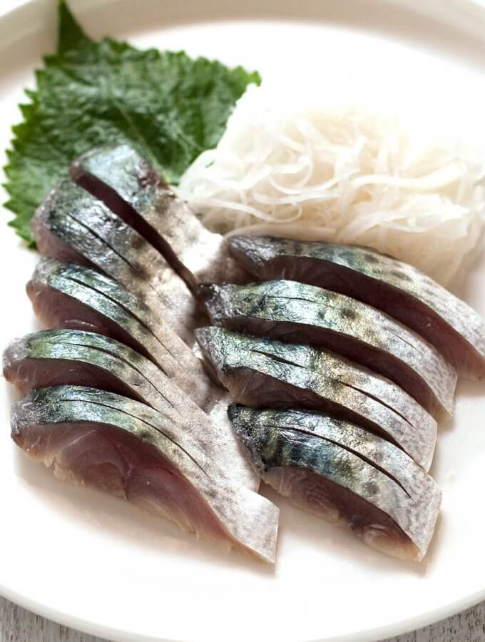 Shime saba is a cured mackerel fillet that is great for sashimi as well as sushi topping. It is very simple to make and so tasty. All you need is mackerel, salt and rice wine vinegar. If you can get a very fresh mackerel, you must try this. No cooking, just marinating!