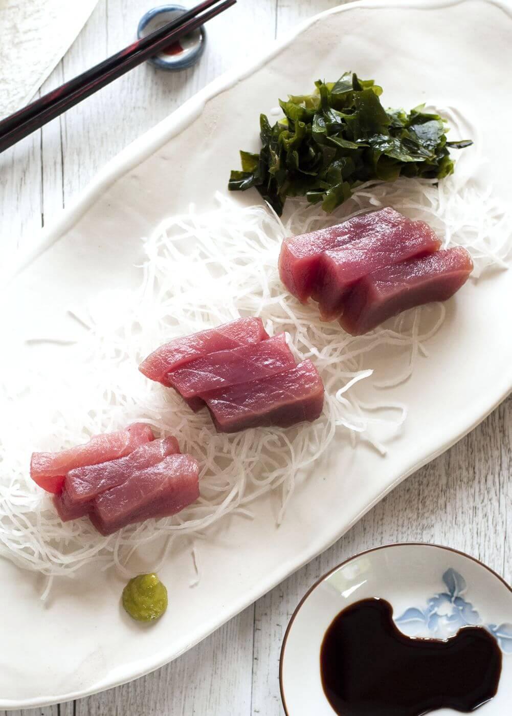 Sashimi sliced raw fish recipetin japan for Best sashimi fish