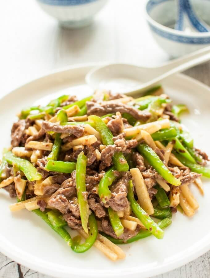 Chinjao Rosu (Japanese Stir Fry with Beef and Bamboo Shoots)
