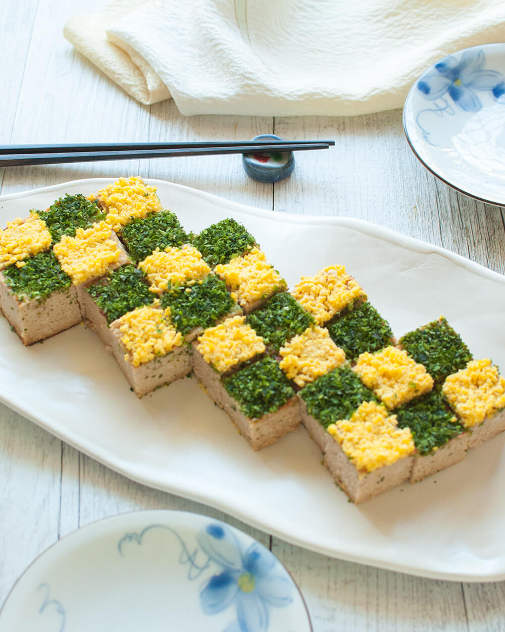 ? The meatloaf is flavoured with miso, soy sauce and sugar so it is quite different from the Western style meatloaf. It looks fiddly but actually, it is quite simple to make. Great as finger food or an accompanying side dish for a Japanese meal.