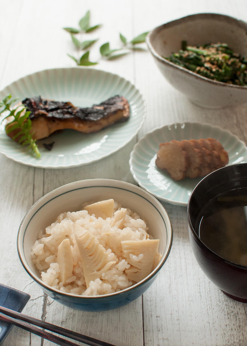 You can enjoy the distinct flavour of bamboo shoots in this dish, Rice with Bamboo Shoots (Takenoko Gohan). To preserve the delicate flavour of the bamboo shoots, I simply cook them with rice in a lightly flavoured dashi stock.