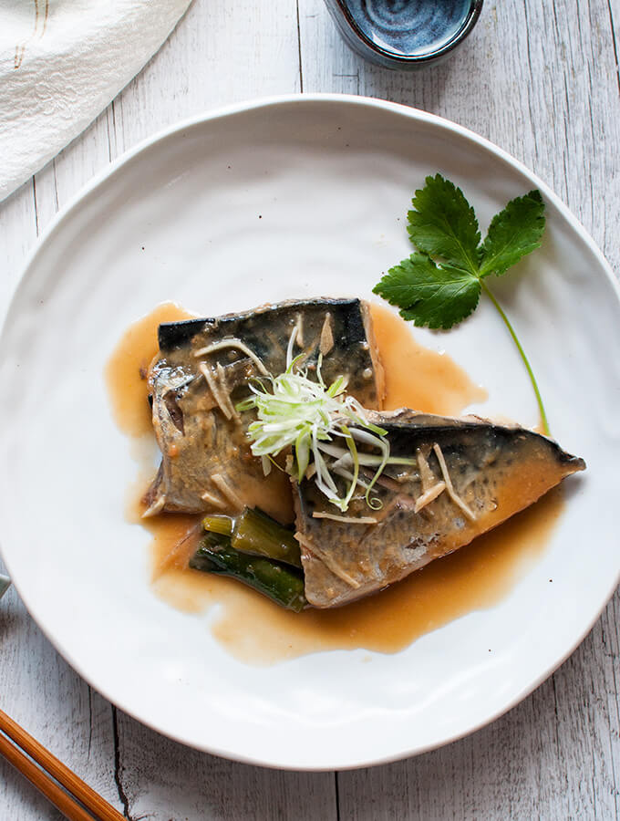 Simmered mackerel in miso on a plate - the photo from the top.