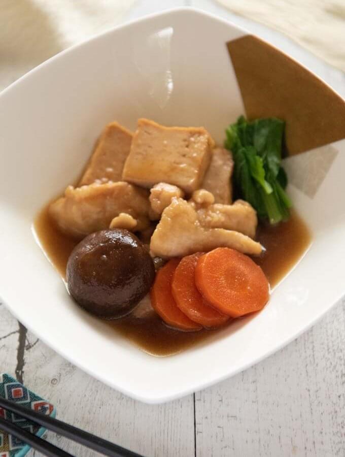 Kanazawa-style Simmered Chicken and Tofu (Jibuni)
