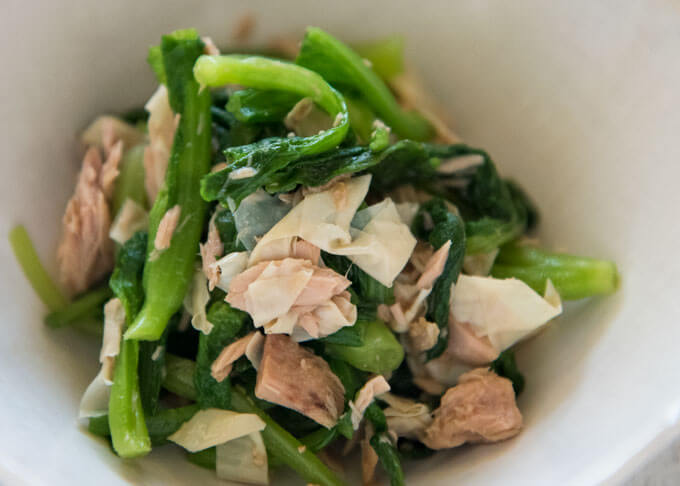 Zoomed-in photo of Baby Mustard Greens and Tuna Salad.