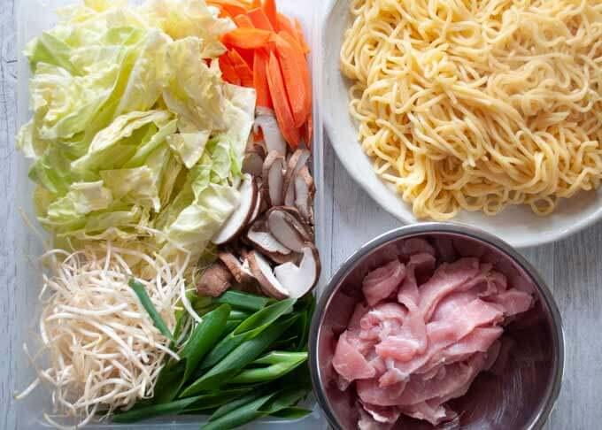 Ingredients of my Yakisoba.