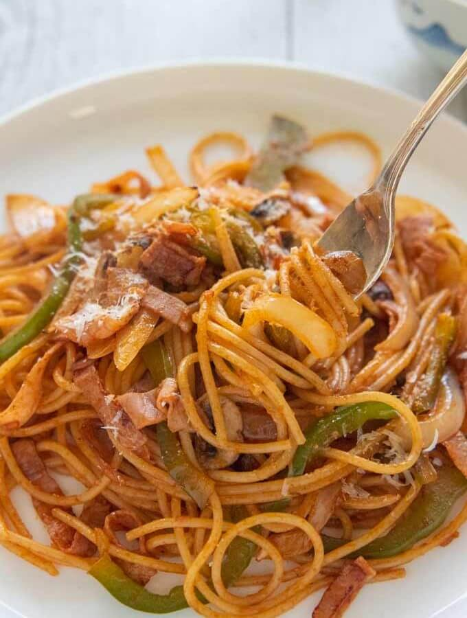 Hero-shot of Spaghetti Napolitan.